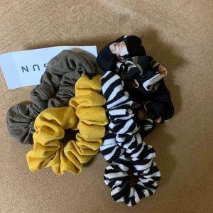 NWT Pacsun Scrunchies